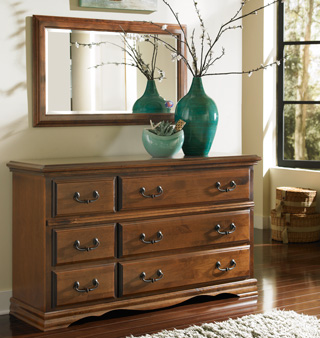 Alder hardwood bedroom furniture essential dresser for Bedroom furniture essentials
